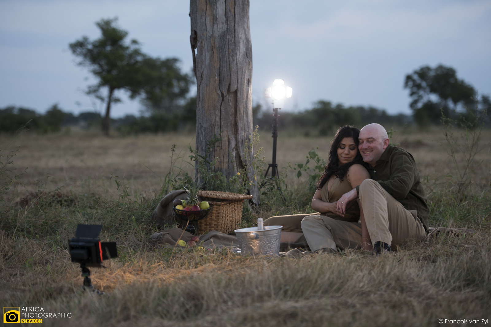 Francois van Zyl Wedding Portrait Photographer Mpumalanga South Africa  D817090 - Safari Portraiture, a behind the scenes look