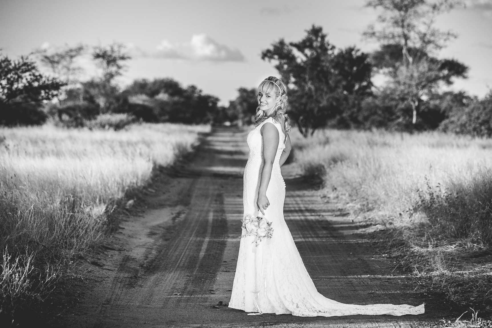ANTH0972 - Safari Wedding Photography